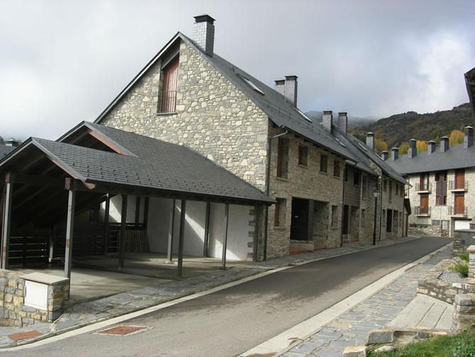 32 viviendas en Tramacastilla de Tena